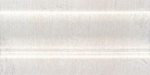 FMC010 Плинтус Кантри Шик белый 20х10х14